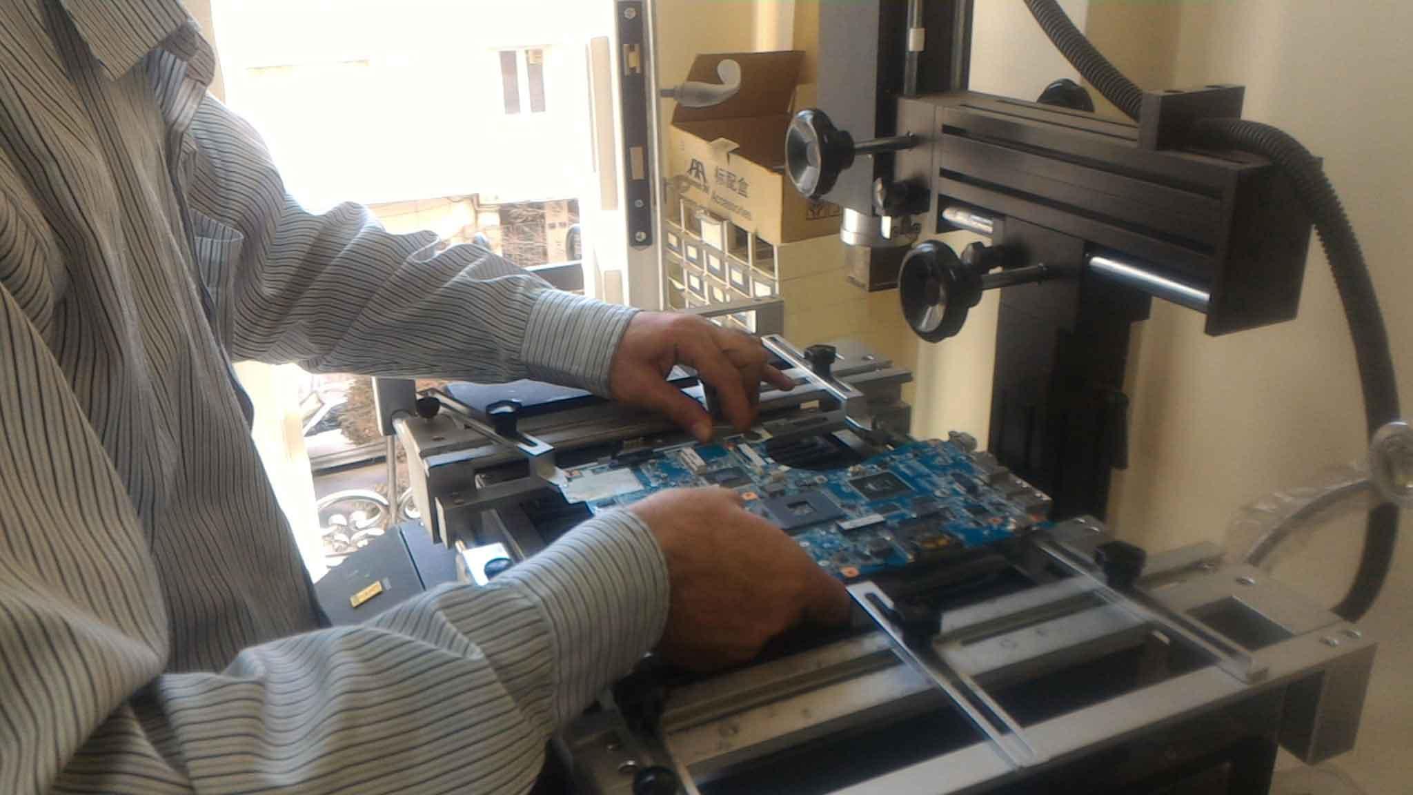 تعمیر لپ تاپ dell - سه