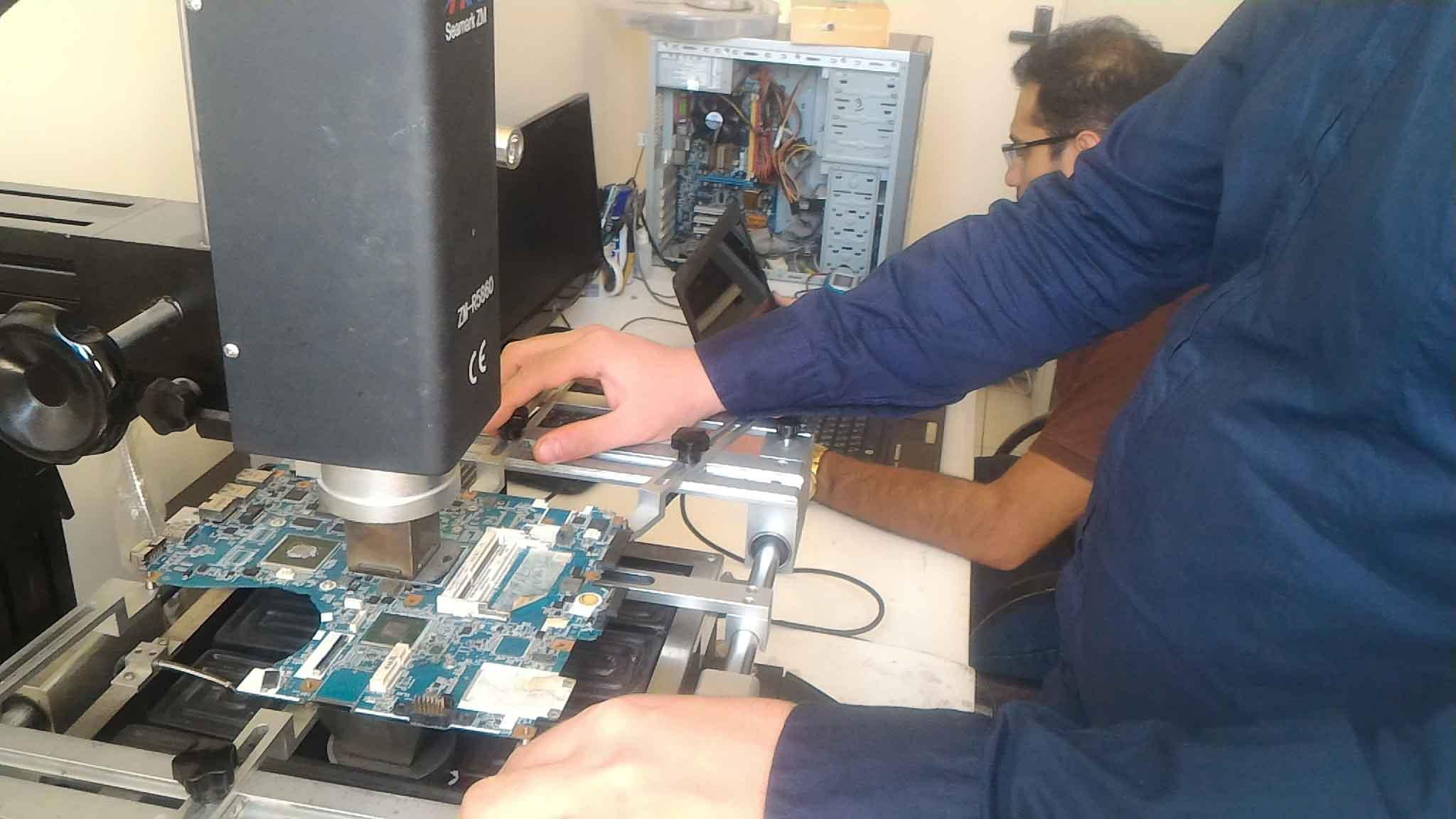 تعمیر لپ تاپ sony - یک