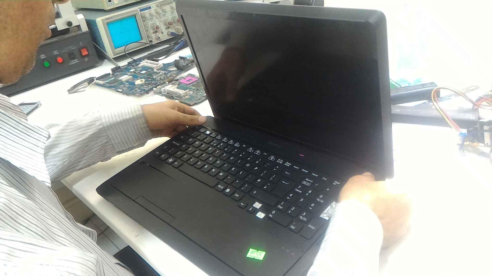 تعمیر لپ تاپ sony - دو